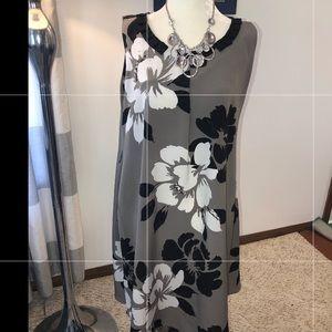 Simply Vera A line dress.grey w black flowers